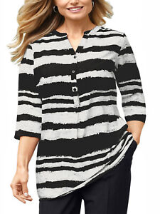 Silky notched neck Black and ivory striped speckled top 3/4 sleeves szs 20 to 24
