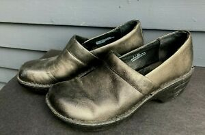 Woman's Born slip on clogs w/ backs silver grey leather sz 8 US 39 EU