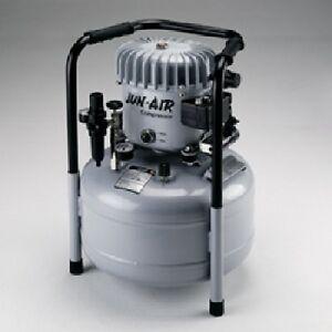 Flüsterleiser öl-geschmierter Kolbenkompressor JUN AIR 6-25 Druckluftkompressor