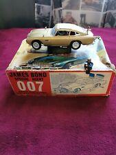James Bond Airfix Vintage Aston Martin Db5 Gold la macchina danneggiata