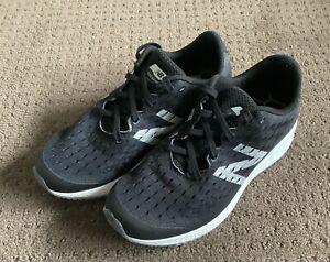 NEW BALANCE Boys Fresh Foam Zante Black Runners / Shoes US Size 3 AS NEW