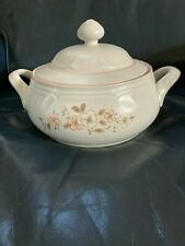 New listing Country Ware Peachwood Casserole Dish W/ Lid Serving Bowl
