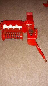 Vintage WORKING Carter Tru-Scale Model 1/16Hay Baler Farm Tractor Implement #408