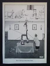"""Heath Robinson CARTONI ANIMATI """"come raccogliere una lama di rasoio"""" - STAMPA VINTAGE 1975 28x19cm"""