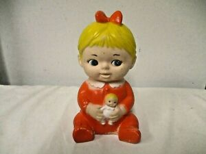 1967 Uneeda Doll Co USA Girl Holding Doll Rubber Squeeze Doll Toy-Red Side Glanc