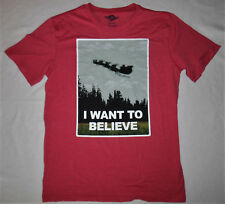 "MAD Red ""I WANT TO BELIEVE"" Santa Claus Reindeer Christmas T-Shirt MEDIUM"
