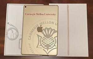 iPad Pro Carnegie Mellon, 128GB,Wi-Fi, 9.7 in, -Used; Great Condition w/pencil