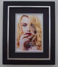 Dakota Fanning SIGNED 10X8 FRAMED Photo Autograph Display Twilight Film COA