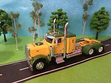"JOHN DEERE, 1/64, DCP, Peterbilt MODEL 379, 36"" Flat Top Low Pro Sleeper Truck"