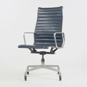 1970's Navy Blue Eames Herman Miller Tall Aluminum Group Executive Desk Chair