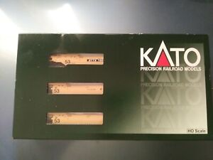 Kato Gunderson Maxi-lV Well Cars 3pk HO scale