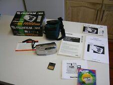 2000's Fujifilm Finepix 1400 Zoom Compact Digital Camera in Box (2002)