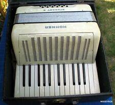 Very Nice Vintage Hohner Student Ii 25/12 White Accordion w/ Case