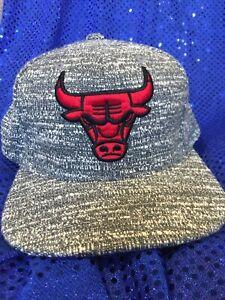 Chicago Bulls Grey White Red Cap Mitchell & Ness NBA