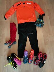 Torwartbekleidung komplett/ 3x Schuhe/ Handschuhe usw.