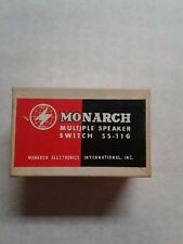 SPEAKER SWITCH IN WALL PLATE, GOLD SATIN FINISH, MONARCH SS116 (VINTAGE)