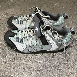 Specialized Ladies cycling shoes Size 5 Trail Traction
