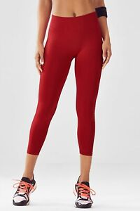 Fabletics Seamless Mid-Rise Dot Capri Leggings Red XL