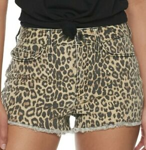 NWT JUNIORS SO HIGH RISE SHORTIE SHORTS SIZE 13 ANIMAL PRINT STRETCH