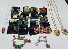 Vintage Mixed Christmas Jewelry Lot TT462