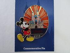 Disney Visa Card Commemorative Magic Castle Sleeping Beauty Castle pin