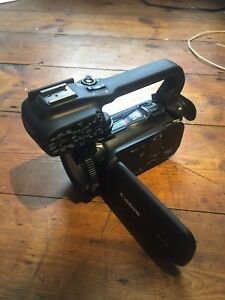 Canon XA10 Professional HD Digital Videocamera with top handle + accessories