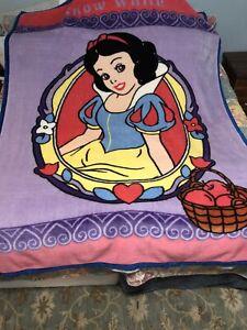 RARE Twin Disney Home Blanket Snow White Portrait Mink Plush Fleece Throw