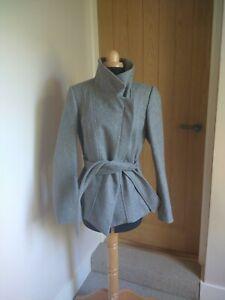 Reiss Wool Grey Coat Size M Worn once Zip Pockets
