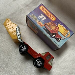 Vintage Matchbox Lesney Superfast 37 Skip Truck 1976  in Box Made In England