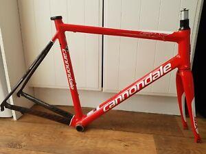 Fantastic Cannondale Six Carbon Fibre & Aluminium Frame & Carbon Forks