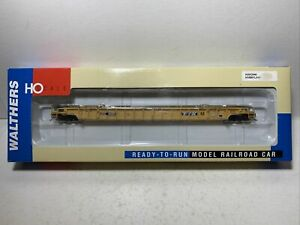 Walthers RTR  Single 53' Well Car   TTX  #655299  HO Scale