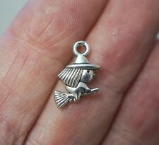 20 Witch Charms,  Witch Pendants - 15mm x 10mm - Antique Silver