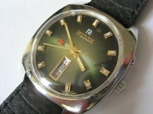 STUNNING RICOH SAKURA METALLIC GREEN DIAL DAY/DATE AUTOMATIC MEN'S WATCH