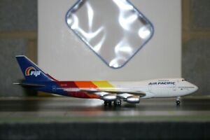 Aeroclassics 1:400 Air Pacific Boeing 747-200 VH-EBJ Die-Cast Model Plane defect
