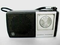 NATIONAL PANASONIC R-1058 VINTAGE TRANSISTOR  RADIO