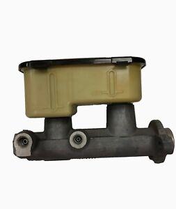 OEM NOS Brake Master Cylinder GMC 94-99 C2500 K2500 Suburban Sierra Silverado