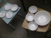 Corelle by Corning Lot: 1 Mixing Bowl, 4 Cereal/Soup Bowls and 3 Plates Matching