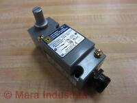 Square D 9007-C54A2-Y1905 Limit Switch 9007C54A2Y1905 Series A