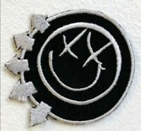 Blink 182 Rock Band Logo red Embroidered Iron Sew on Patchj960
