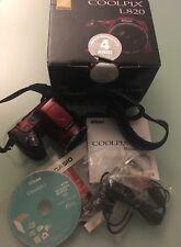 """Nikon Coolpix L820,16 MP- Bordeaux  """" COME NUOVA"""""""
