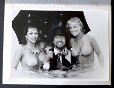 2 Photos Richard Branson - Rich !!! - Photomontage d'époque -
