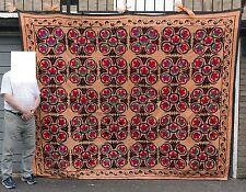 Suzanis Vintage Large Suzani Ouzbek Ouzbékistan broderies tapisseries #01