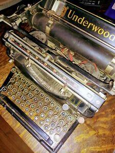 Antique 1915 Underwood Standard Model 5. Vintage Typewriter #1398600.