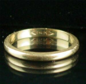 Estate  14k Solid Yellow Gold Wedding Band Ring Size 7  and 2.1 Grams