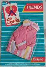 PEDIGREE 1985 SINDY DOLL 'PINK JACKET' CARDED OUTFIT (43051) - TRENDS RANGE