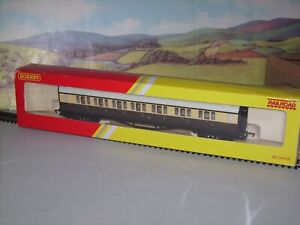 """Hornby Railroad R4523 GWR Composite Coach """"6135"""" EXCELLENT CONDITION BOXED"""