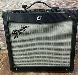 Large Fender Mustang II 110W Combo Amplifier AMP / Speaker