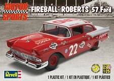 "Revell Monogram 4024 ""Fireball"" Roberts 1957 Ford Coupe race car Model Kit 1/25"