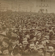 STEREOVIEW FACES, FACES, FACES. CROWDS WAITING TO ENTER COLUMBIAN EXPOSITION.