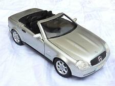 """MAISTO Mercedes-Benz SLK, 1. Serie """"R 170"""" (1996 - 2000), 1/18, mint"""